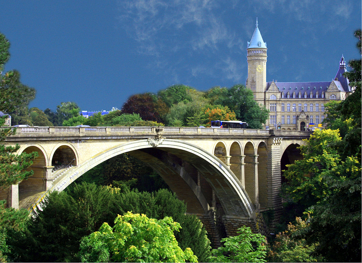 1200px-Luxembourg_Pont_Adolphe